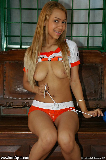 Latin Nude Teen Tania - Football Star